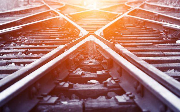 Bahngleise kreuzen sich