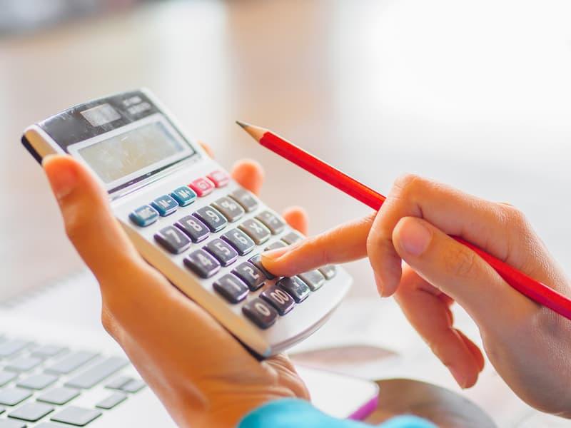 Die Abfindung lässt sich mit einem Taschenrechner berechnen