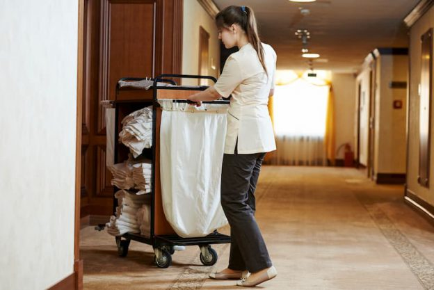 Reinigungskräfte gehören oft zu der Gruppe der Geringverdiener