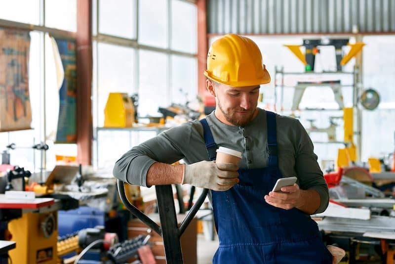 Bei einer schlechten Auftragslage wird in manchen Betrieben Kurzarbeit angemeldet
